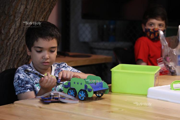 robotic kids - پنج دلیل برای لزوم کلاس رباتیک در مدارس