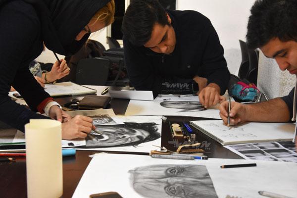 دوره های نقاشی سیاه قلم