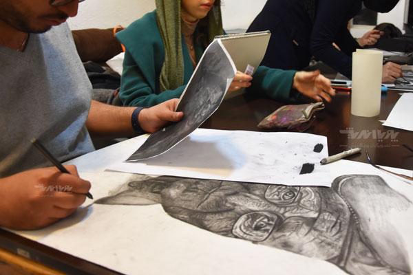 نمونه کار نقاشی سیاه قلم