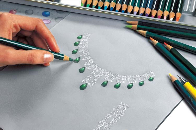 Jewelry Designer - 10 شغلی که طراحی پیش نیاز آنهاست