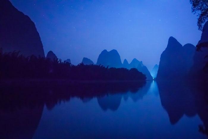 blue hour photography - راهنمای مبتدیان برای استفاده از نور طبیعی در عکاسی منظره