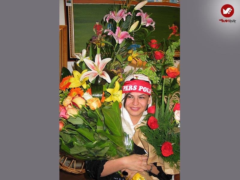 afshin ghotbi 36 - نمایشگاه آثار هنری همسر افشین قطبی ( یوروم ) در پویا اندیش