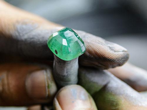 gohartarashi cutting pulishing gem gohar 6 pouyaandish - گوهرتراشی