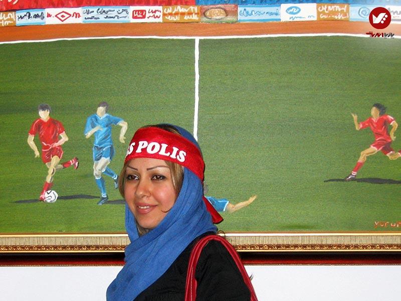 perspolis - نمایشگاه آثار هنری همسر افشین قطبی ( یوروم ) در پویا اندیش