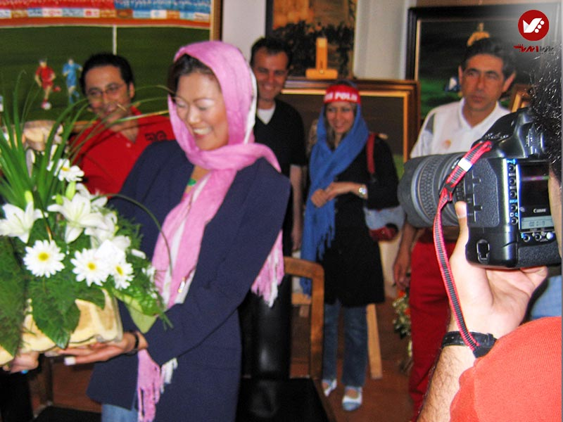 tasvirgaran pouya andish 20 - نمایشگاه آثار هنری همسر افشین قطبی ( یوروم ) در پویا اندیش