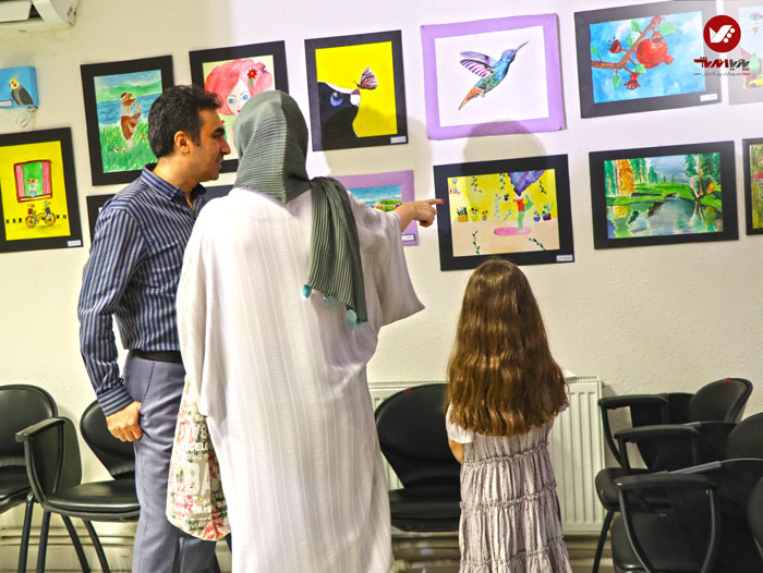 kids namayeshgah koodakan naghashi ax 26 - آموزش نقاشی کودکان