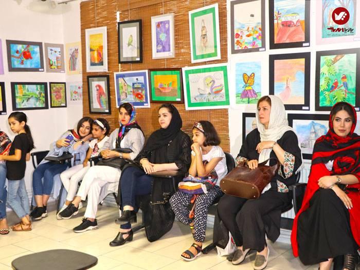 kids namayeshgah koodakan naghashi ax 28 - آموزش نقاشی کودکان