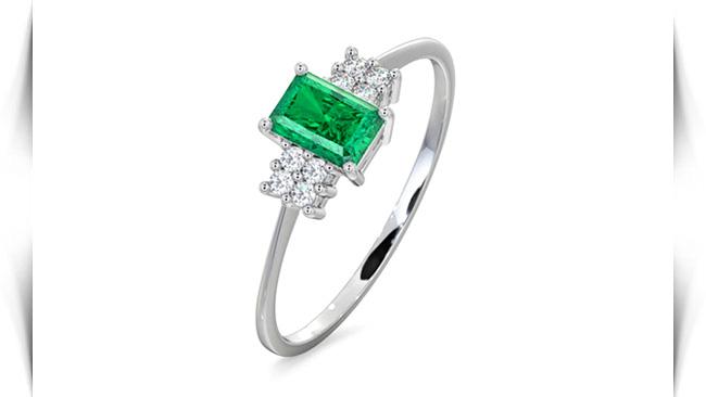 معنی رنگ سنگ های سبز در انگشتر
