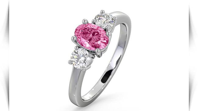 معنی رنگ سنگ های صورتی در انگشتر