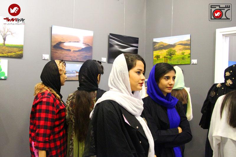 namayeshgah axasi honarjouyan pouyaandish zamin dar yek ghab 2 - نمایشگاه عکاسی زمین در یک قاب
