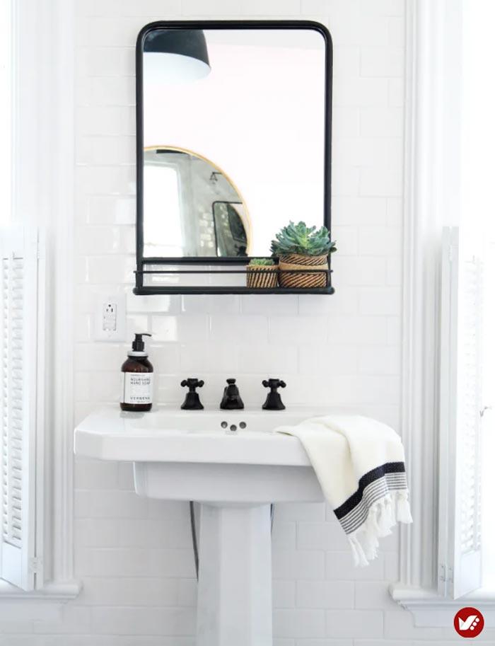 طراحی دکوراسیون داخلی با آینه در سرویس بهداشتی