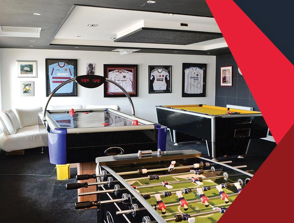 game room interior 6 - طراحی اتاق بازی در خانه برای تمامی سنین