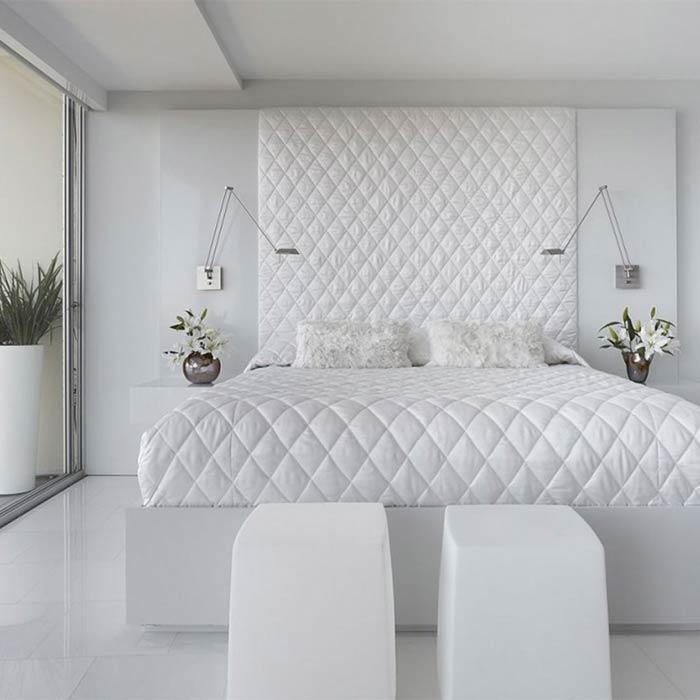 اتاق خواب سفید و روشن