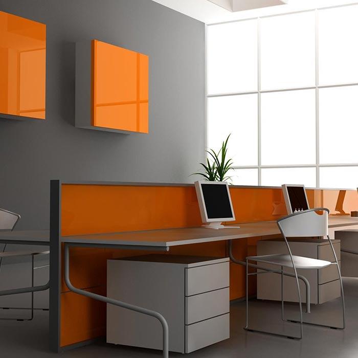 رنگ نارنجی در دکوراسیون اتاق اداری