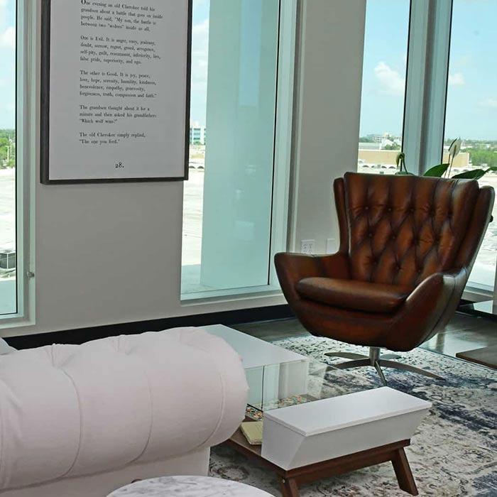 clinic interior design 10 - دکوراسیون مراکز زیبایی و درمانی