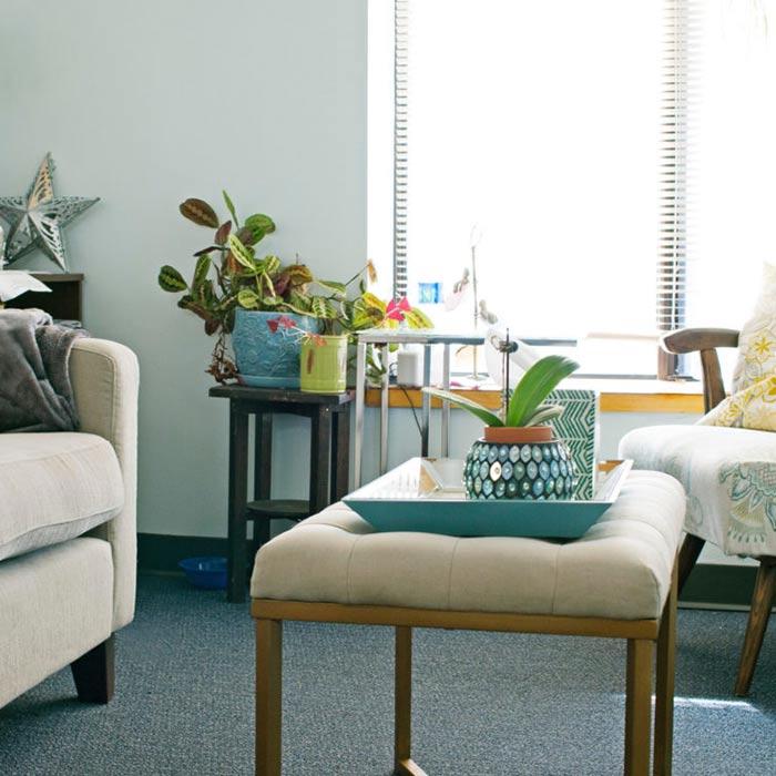 clinic interior design 13 - دکوراسیون مراکز زیبایی و درمانی