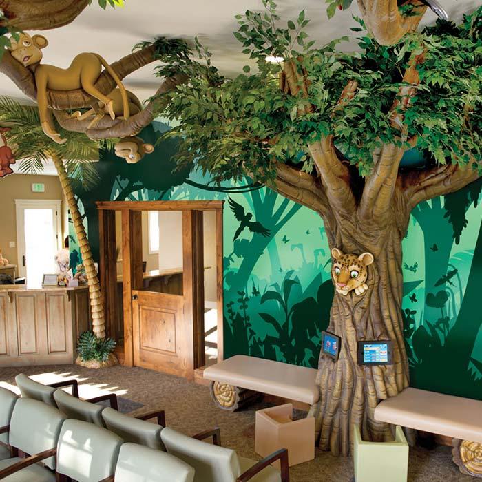 clinic interior design 16 - دکوراسیون مراکز زیبایی و درمانی