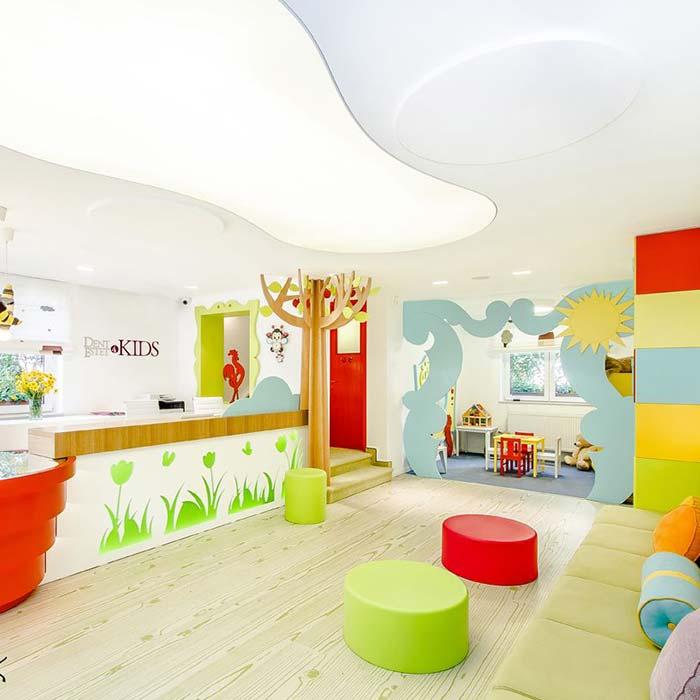 clinic interior design 17 - دکوراسیون مراکز زیبایی و درمانی
