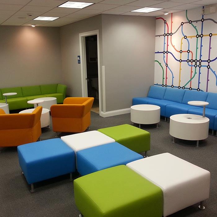 clinic interior design 4 - دکوراسیون مراکز زیبایی و درمانی