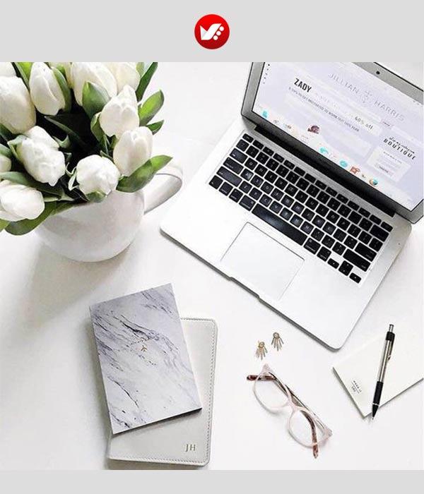 fashion blooger pouyaandish article 6 - فشن بلاگر کیست و مهارت های ویژه این حرفه چیست؟