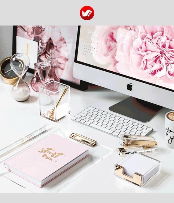 fashion blooger pouyaandish article 7 - فشن بلاگر کیست و مهارت های ویژه این حرفه چیست؟