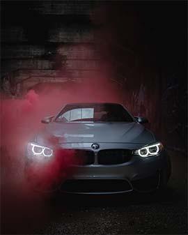 عکس ماشین با دود رنگی