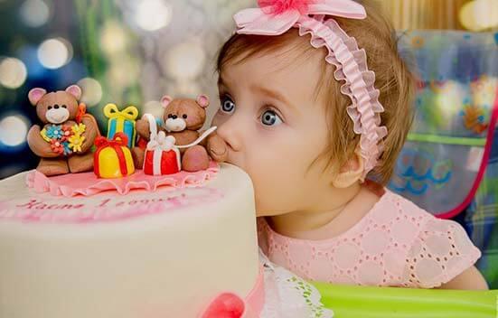 ژست عکس تولد دخترانه
