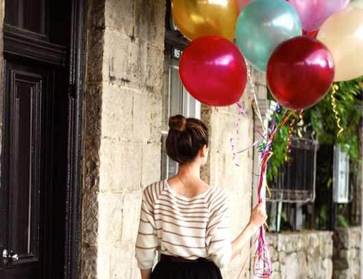 عکس تولد با بادکنک